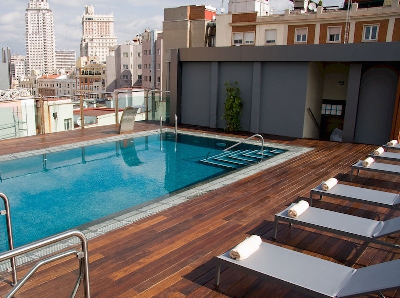 image gallery madrid hotels with pool On luxury hotels in madrid with swimming pool
