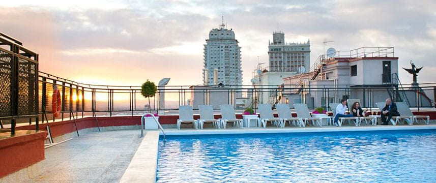 4 Amazing Rooftop Pools In Madrid 39 S City Centre Citylife Madrid