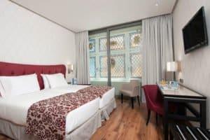 Hotels (7)