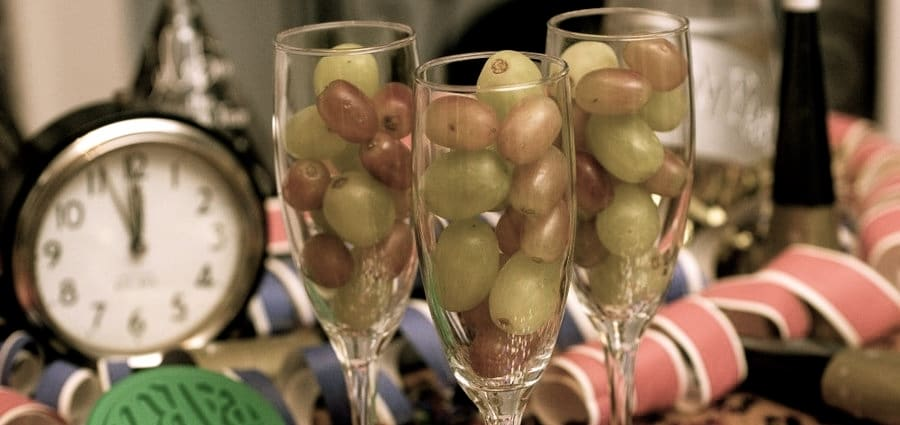 nye-grapes