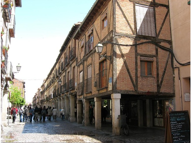 Studying in alcal de henares here 39 s what you need to for Muebles tifon alcala de henares