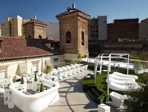 10 amazing rooftop terraces overlooking madrid citylife for The definition of terrace