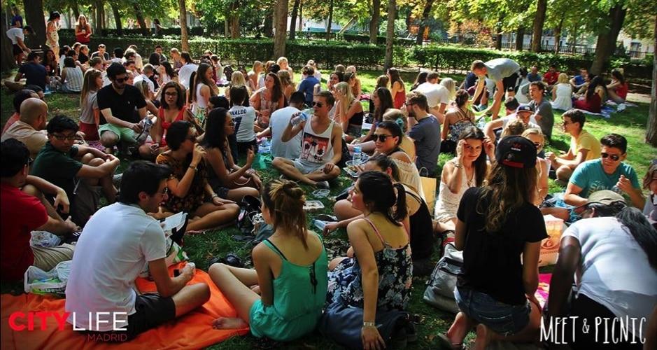 meet-and-picnic-victoria