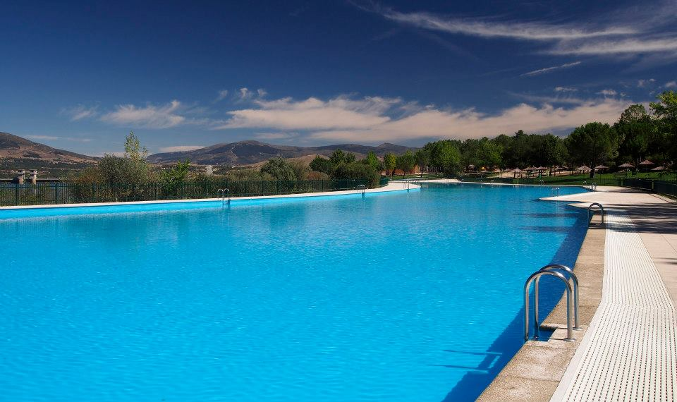 Natural fresh water pools in the madrid region for Madrid piscinas