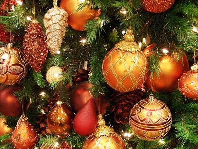 the weather is getting colder and holidays are just around the corner its time to experience the incredibile holiday traditions that come with them - Traditional German Christmas Decorations